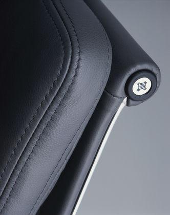 Soft Pad Chair 205 Premium Leder